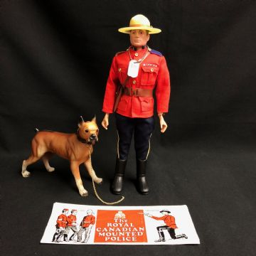 ACTION MAN - ROYAL CANADIAN MOUNTED POLICE  - COMPLETE - PAINTED HEAD